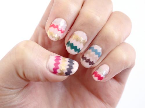 zigzag nail art